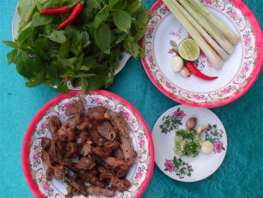 Delicious dishes of the Van Kieu Quang Tri: Grilled frills